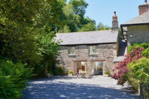 Coach House near Totnes at Cornworthy, Totnes TQ9 7HH, UK for Sleeps 4