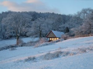 The Hut in Dorset at Bridport DT6 6NW, UK for Sleeps 2