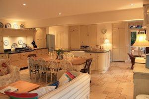 gardeners+cottage+party+kitchen